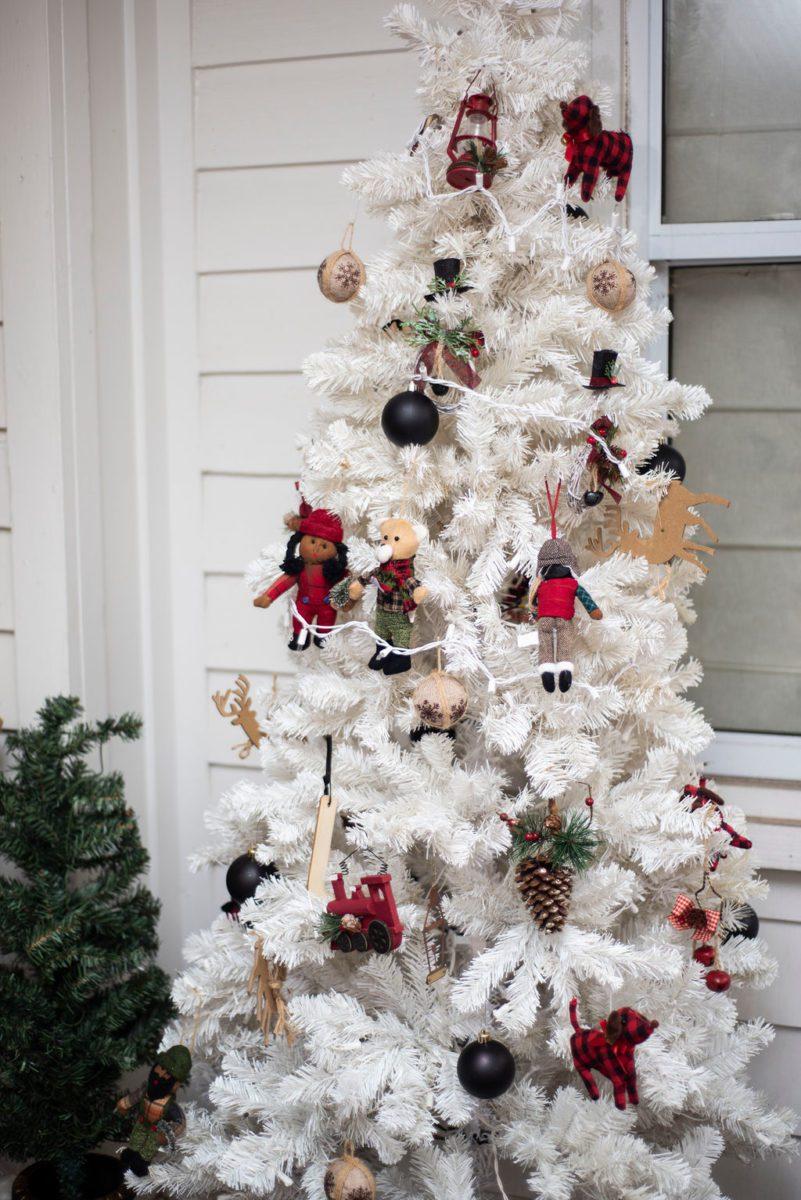 DSC_2385 Lowcountry Porch Tour: Farmhouse Christmas Style