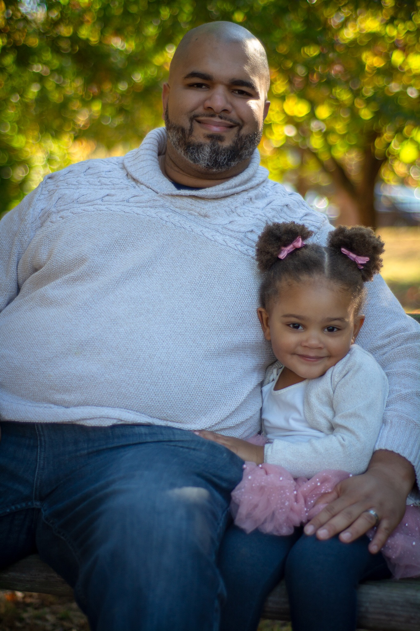 image4-2 Daddy's Girl: Father Daughter Holiday Photos We Love