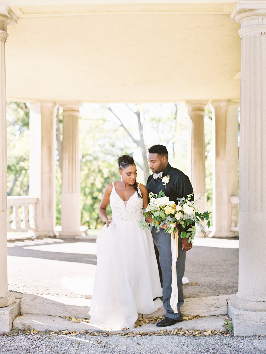 7ta6q6vsrbwmmvrb3u88_big Kansas City, Missouri Outdoor Wedding Inspiration