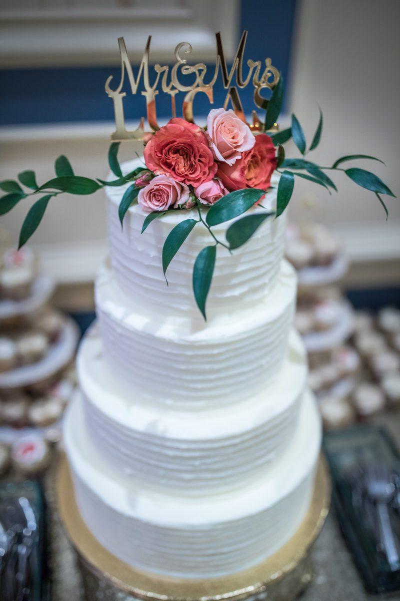 as4fsp8gttgm46mf9504_big Charleston, SC Spring Wedding at Francis Marion Hotel