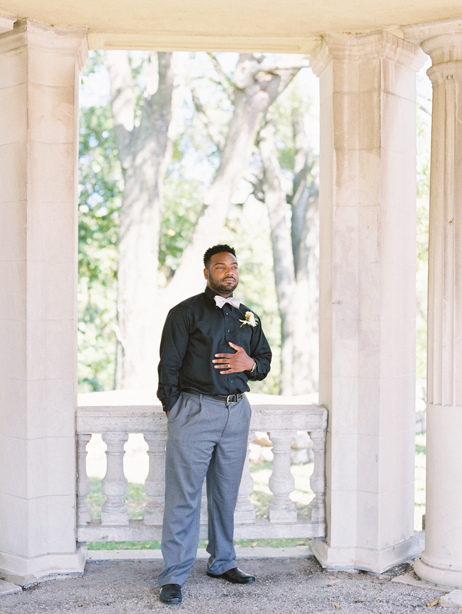 e2vnkceya6jm14vhut07_big Kansas City, Missouri Outdoor Wedding Inspiration