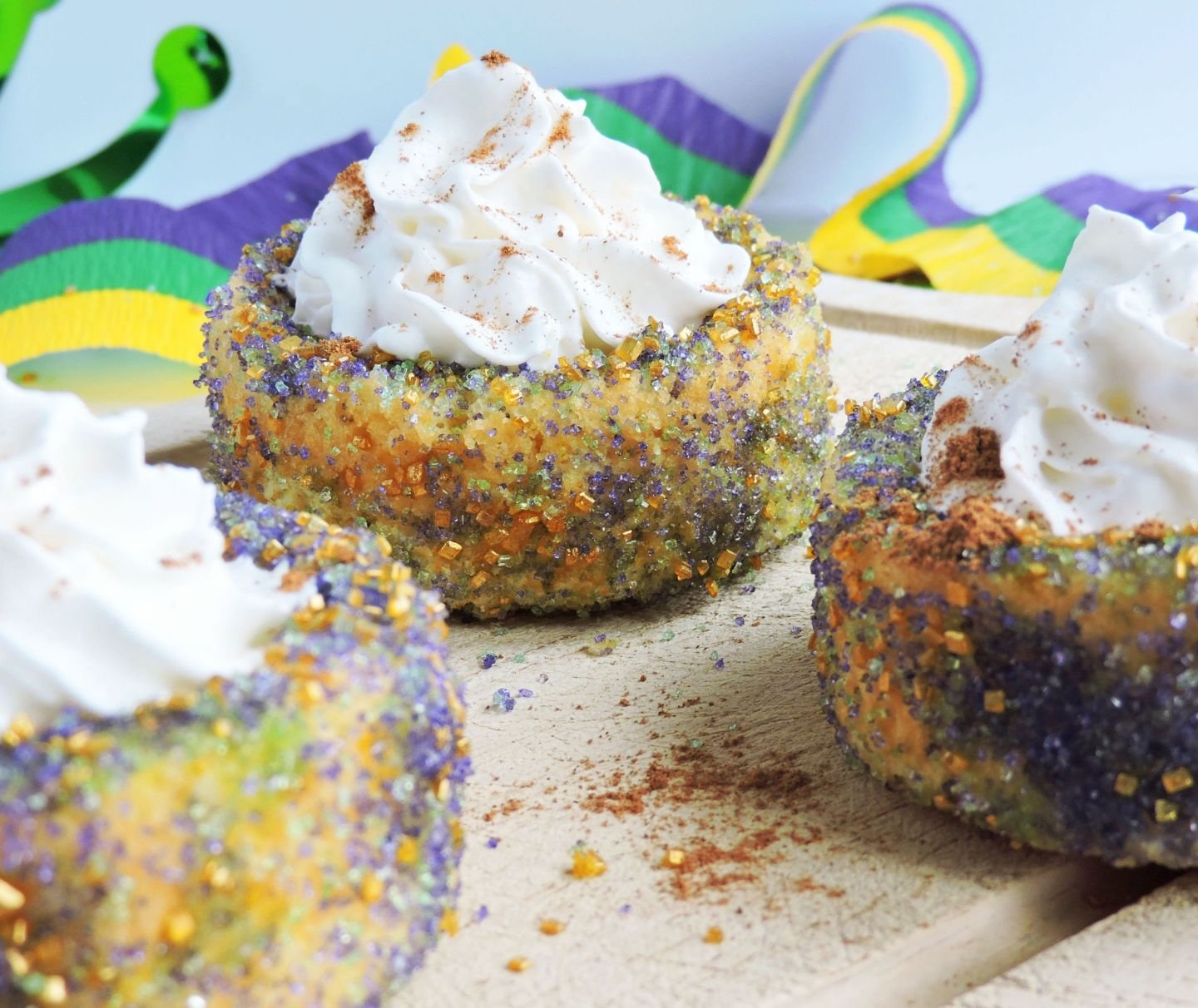 healthy-mardi-gras-recipes2-1440x1212 3 Delicious & Healthy Alternatives Inspired by King Cake