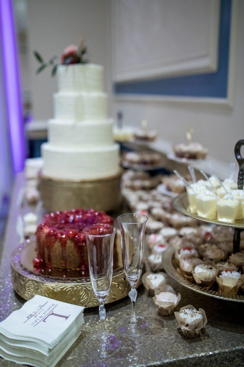 ue60oa7qpshrvc4ruy43_big Charleston, SC Spring Wedding at Francis Marion Hotel