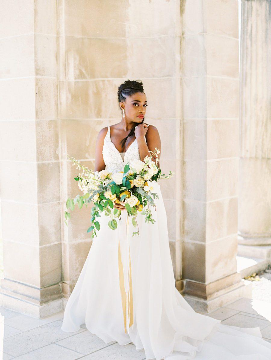 zv4brhm98xamjz5fjz33_big Kansas City, Missouri Outdoor Wedding Inspiration