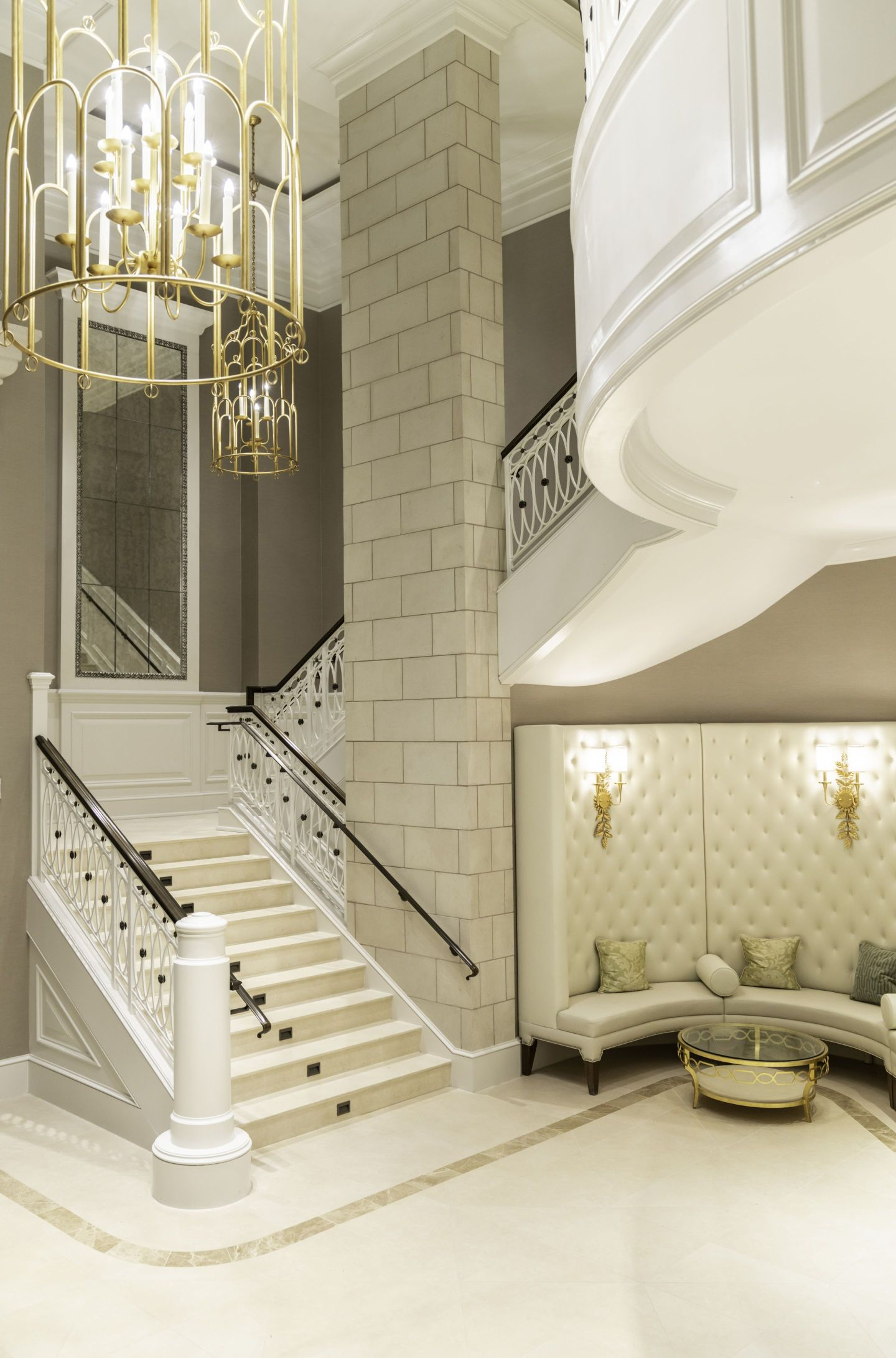 Foyer_Credit-Modus-Photography-1-1440x2182 Design Tour: Hotel Bennett Debuts in Charleston, SC