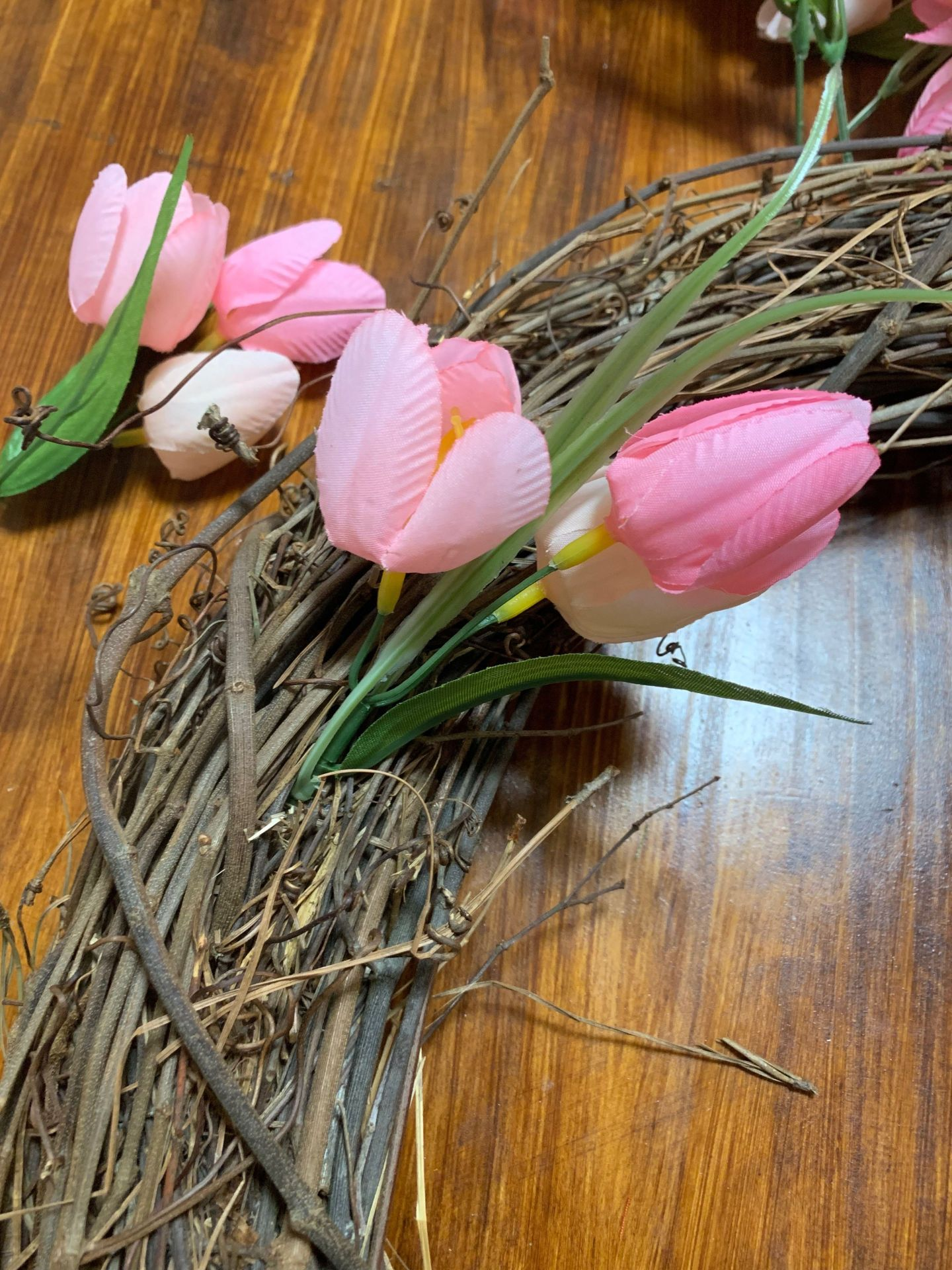 tulips3-1440x1920 Tulip Wreath DIY Tutorial: How to Add a Dash of Spring to Your Front Door