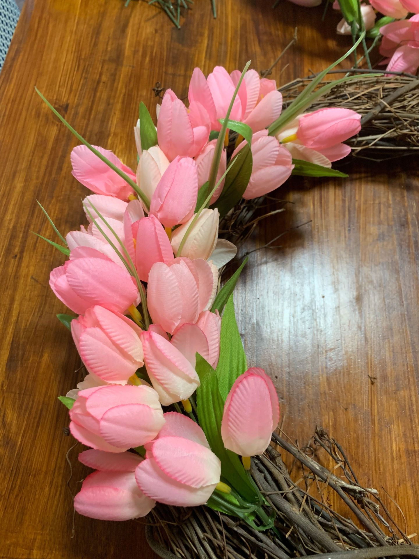 tulips4-1440x1920 Tulip Wreath DIY Tutorial: How to Add a Dash of Spring to Your Front Door