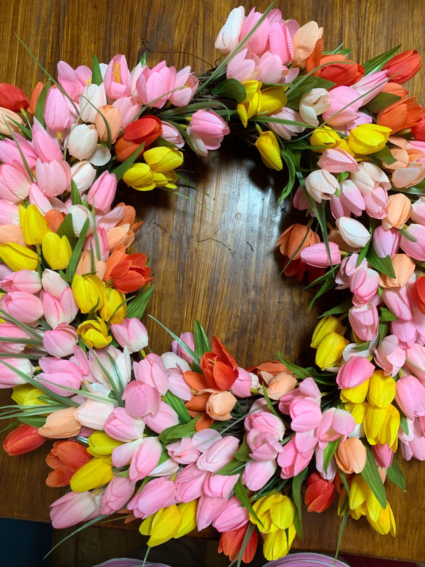 tulips7-1 Tulip Wreath DIY Tutorial: How to Add a Dash of Spring to Your Front Door