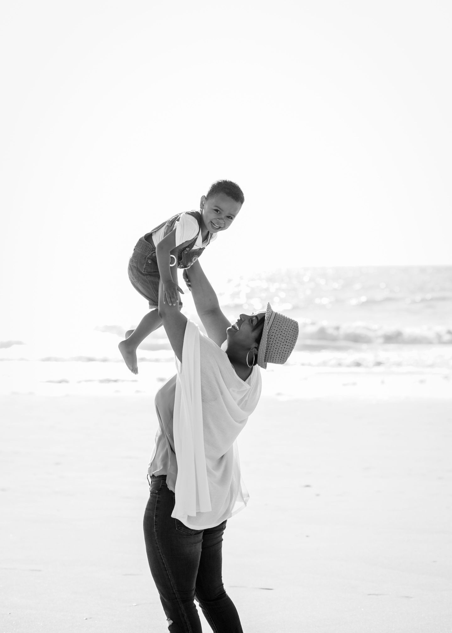 DSC_7923-1440x2016 Beach Family Photos: How To Make the Most of Your Beach Photo Shoot