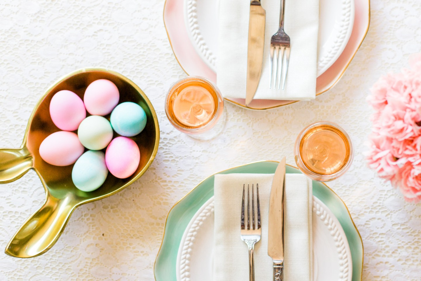 Staal_KristinaStaalPhotography_KristinaStaalPhotographyEasterTablescape20164_big-1440x960 Easy Entertaining: Easter Brunch Inspiration for Two