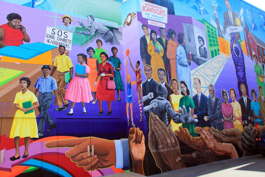 ARTS17_Durham-Civil-Rights-mural_DiscoverDurham2016-1 Durham, NC Travel Guide: Black Southern Belle Edition