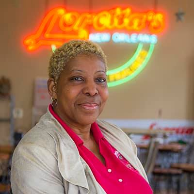 loretta Les Vendeuses of the French Quarter: Women who Sold Food for Freedom