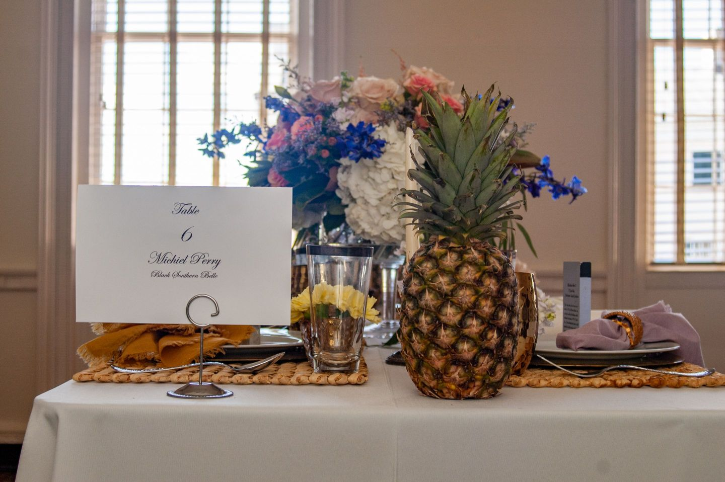 Southern-Settings-2019_4 Lowcountry Tablescape Inspiration from Southern Settings