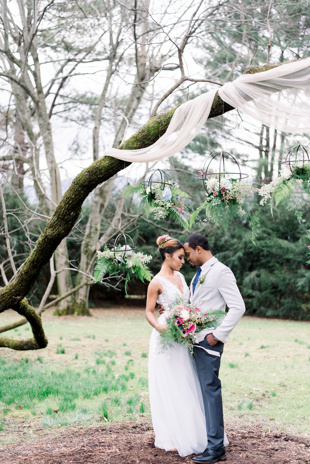 ti49qcohnkfsgg4dyb34_big Hot Springs, NC Wedding Inspiration at Mountain Magnolia Inn