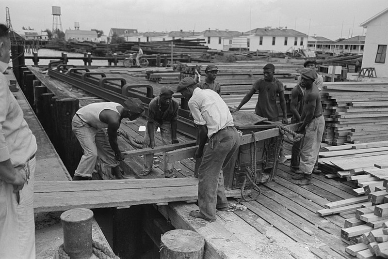 Rail transport - Lumber
