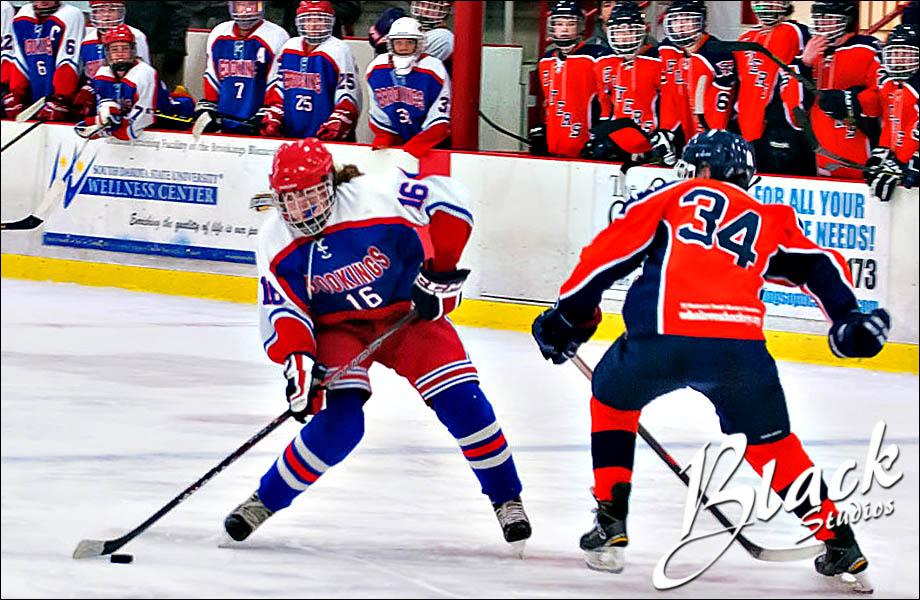 03-17 Hockey 6