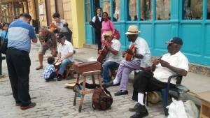 Cubans sharing music