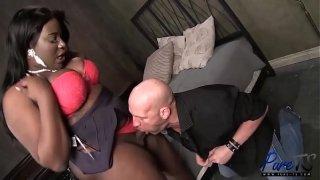 BBW Black Tranny Fucks her blind date
