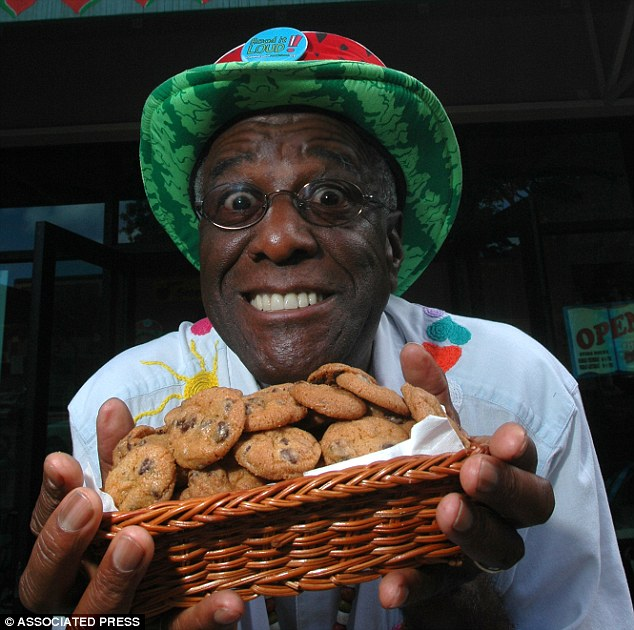 How Wally Amos Went From Failing Celebrity Talent Agent To