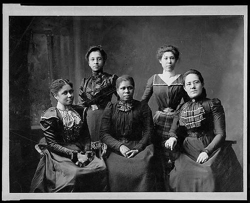1469435945_549_Flash-Black-Photo-African-American-Group-Portraits.jpg