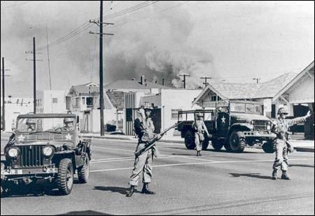 watts race riots photo 1965