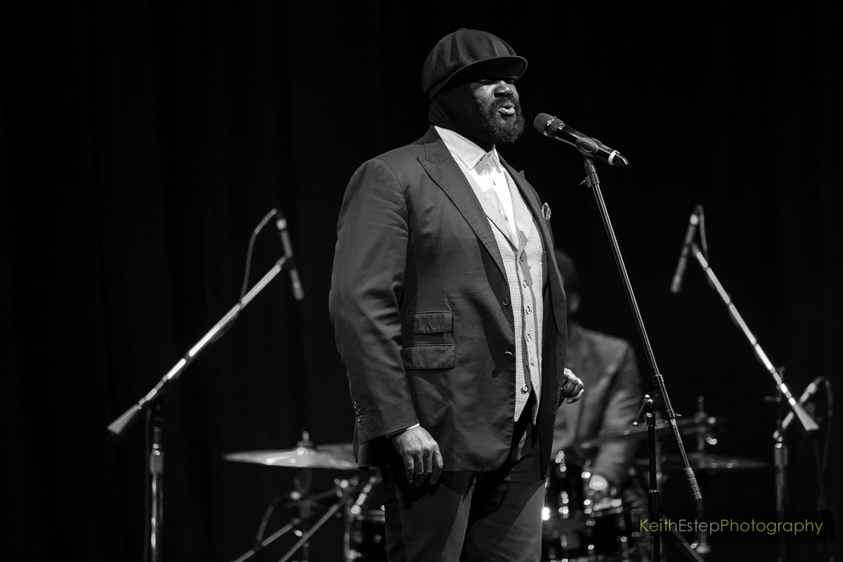 Black to the Music - Gregory Porter 10
