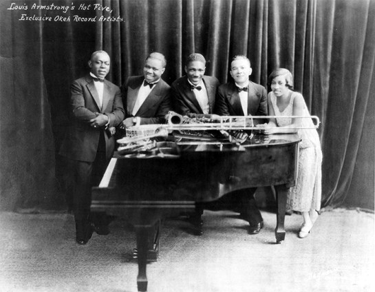 Black to the Music - Louis Armstrong - 10 Louis Armstrong & This Hot Five - (c) Louis Armstrong House Museum