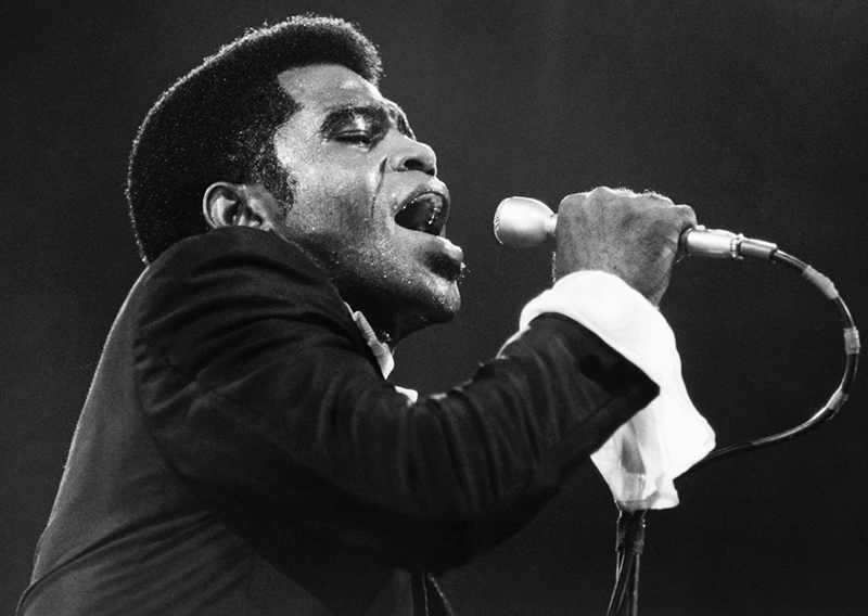 Black to the Music - James Brown A3 - (c) Walter Iooss Jr. - Getty Images