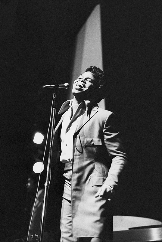 Black to the Music - James Brown B10 - James Brown at the Olympia music hall, Paris, September 1969