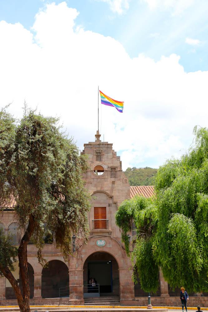 Die Regenbogenfarben sind die Farben von Cusco
