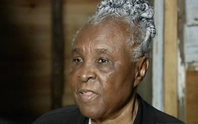 87-Year-Old Woman Isabell Meggett Lucas Visits Slave Cabin She Was Raised In At Smithsonian