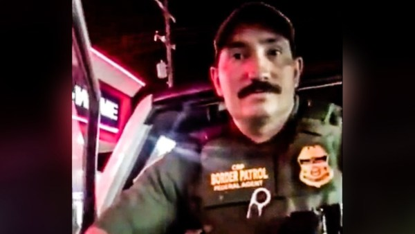 Xenophobic border patrol agent detains two women after hearing them speak Spanish