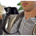 Vyne is a hands-free viewing accessory for the smartphone