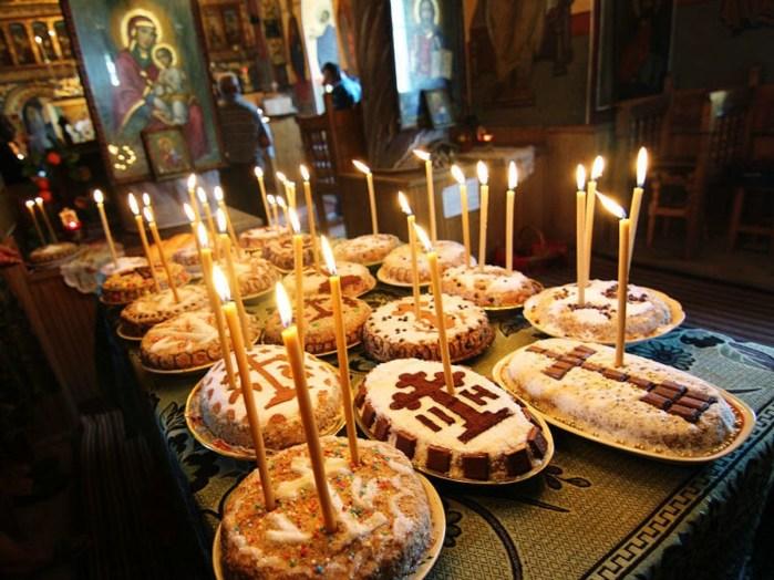 Blini, Kukiełka, Koljivo i Paskha poslužuju se i danas, a bili su dio staroslavenskih običaja i rituala