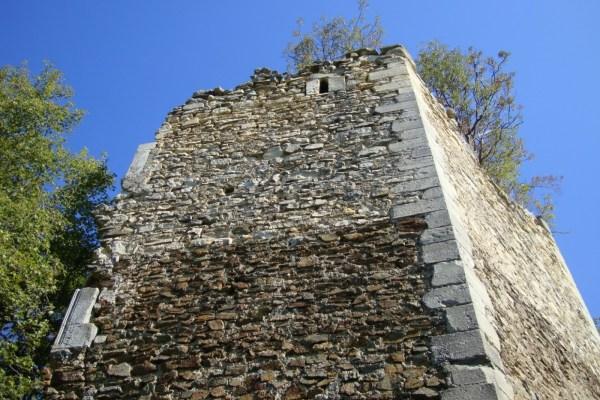 Od viteškog Čaklovca na strminama Psunja ostaje kula i uspomena na junaka Franju Ilinića koji se pobunio protiv Turaka
