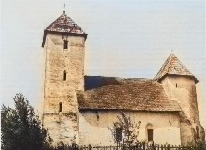 Sagrađena na vratima Zlatne doline, rijetka crkva – tvrđava nijemo svjedoči o vremenima junaka, bitaka, hajduka i glagoljaša