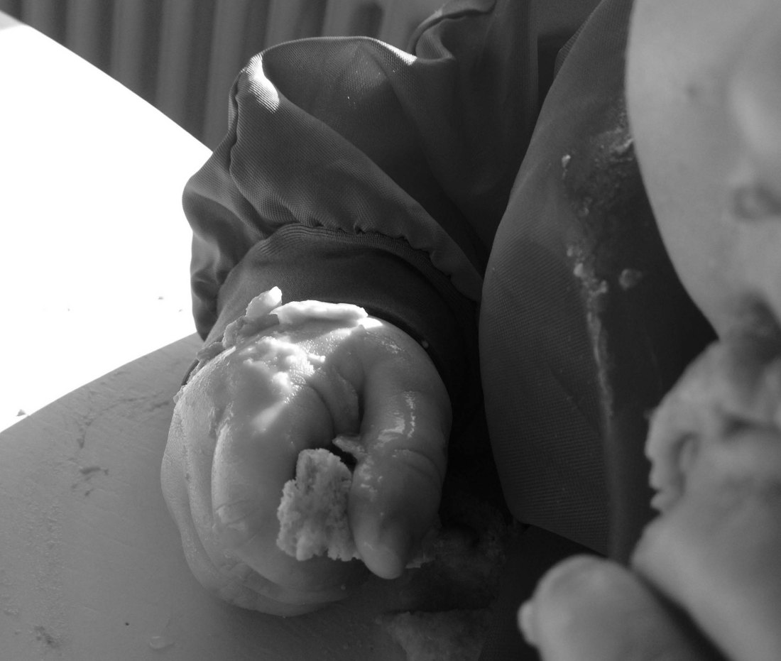 Bedürfnisorientierte Erziehung // Baby Led Weaning – Oder wie Mama lernt, die Nerven zu behalten (Teil 1)