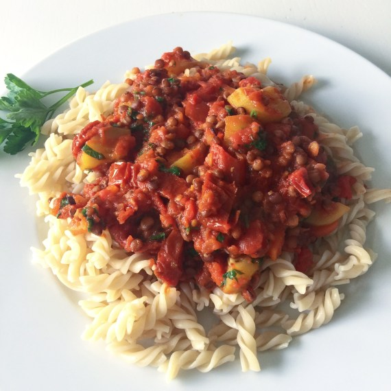 Lieblingsessen // Pasta mit Linsenbolognese