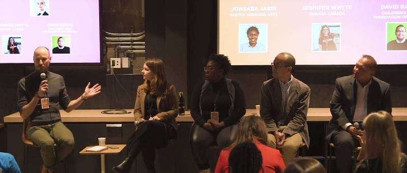 Blair Smith hosting panel discussion at Social Media Week: Toronto in 2019