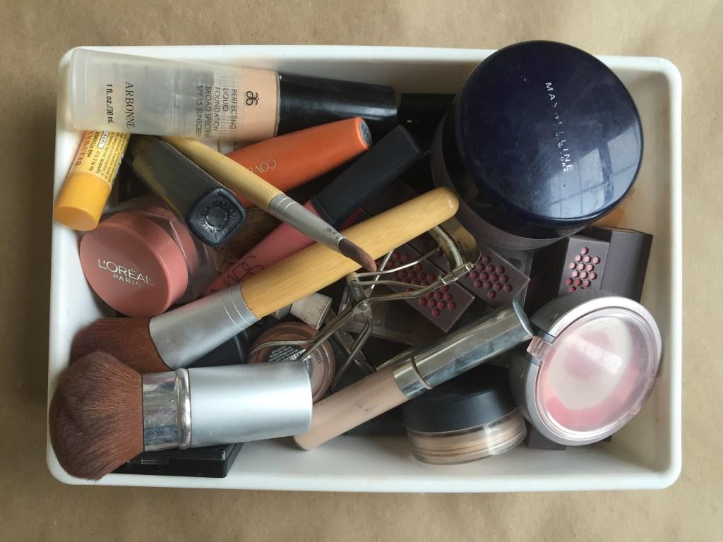 Organizing My Makeup | Blairblogs.com