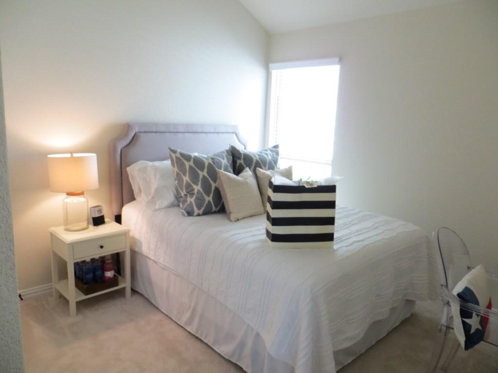 Guest Bedroom Tour | BlairBlogs.com