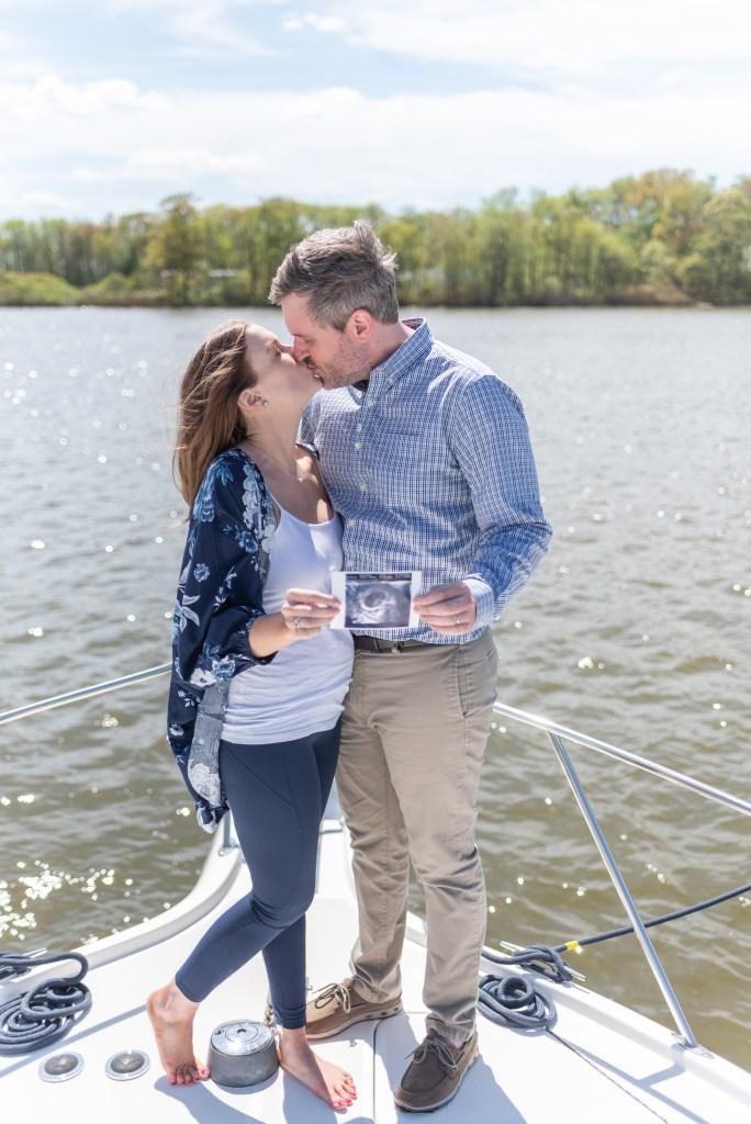I'm Pregnant!   BlairBlogs.com