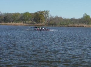 boys novice 4+take lead
