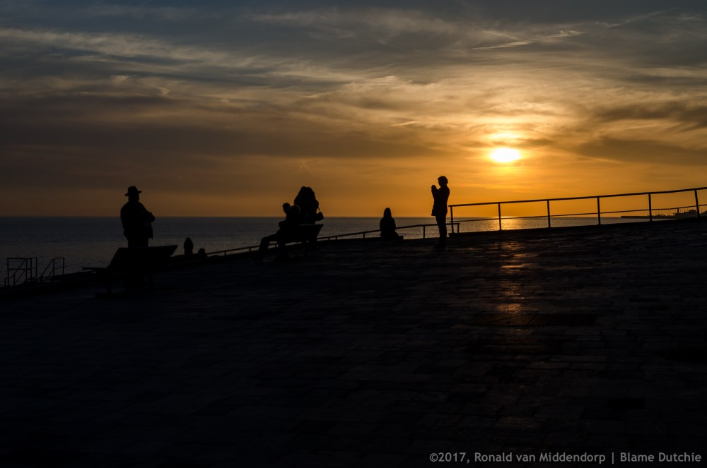 photo: sunset, people, the connection of distance