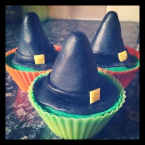 Witches hat cupcakes for Halloween