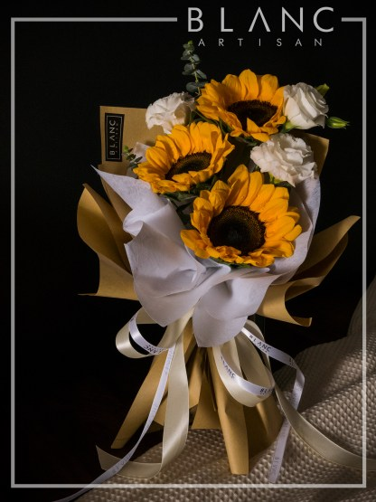 🌻 KHAOYAI – SUNFLOWER BOUQUET