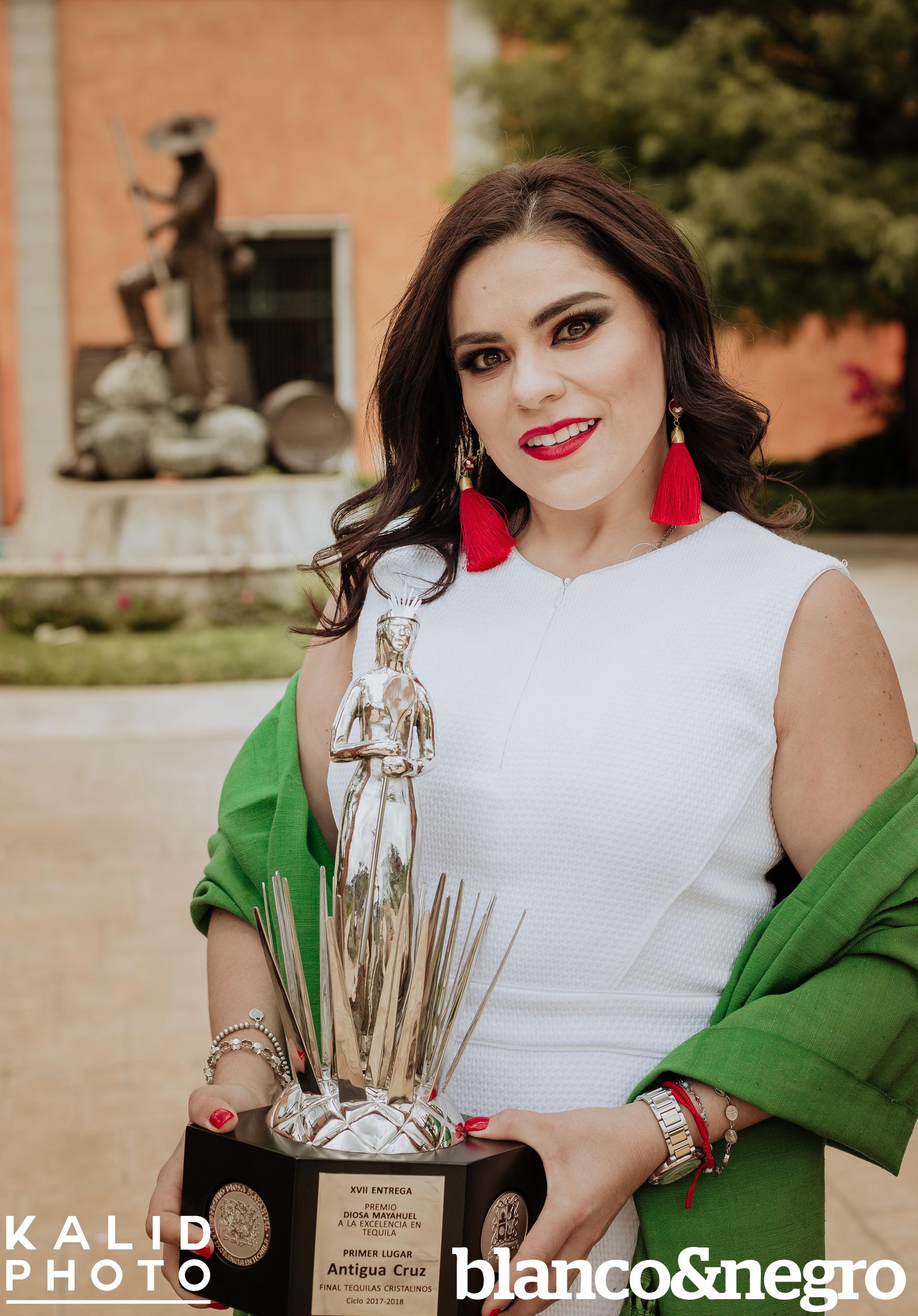 Mayra-BlancoYnegro-483