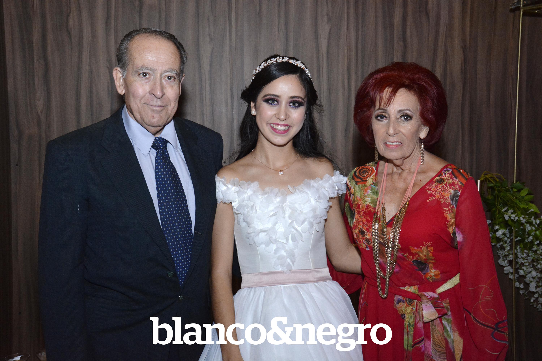 XV Maria Fernanda 015