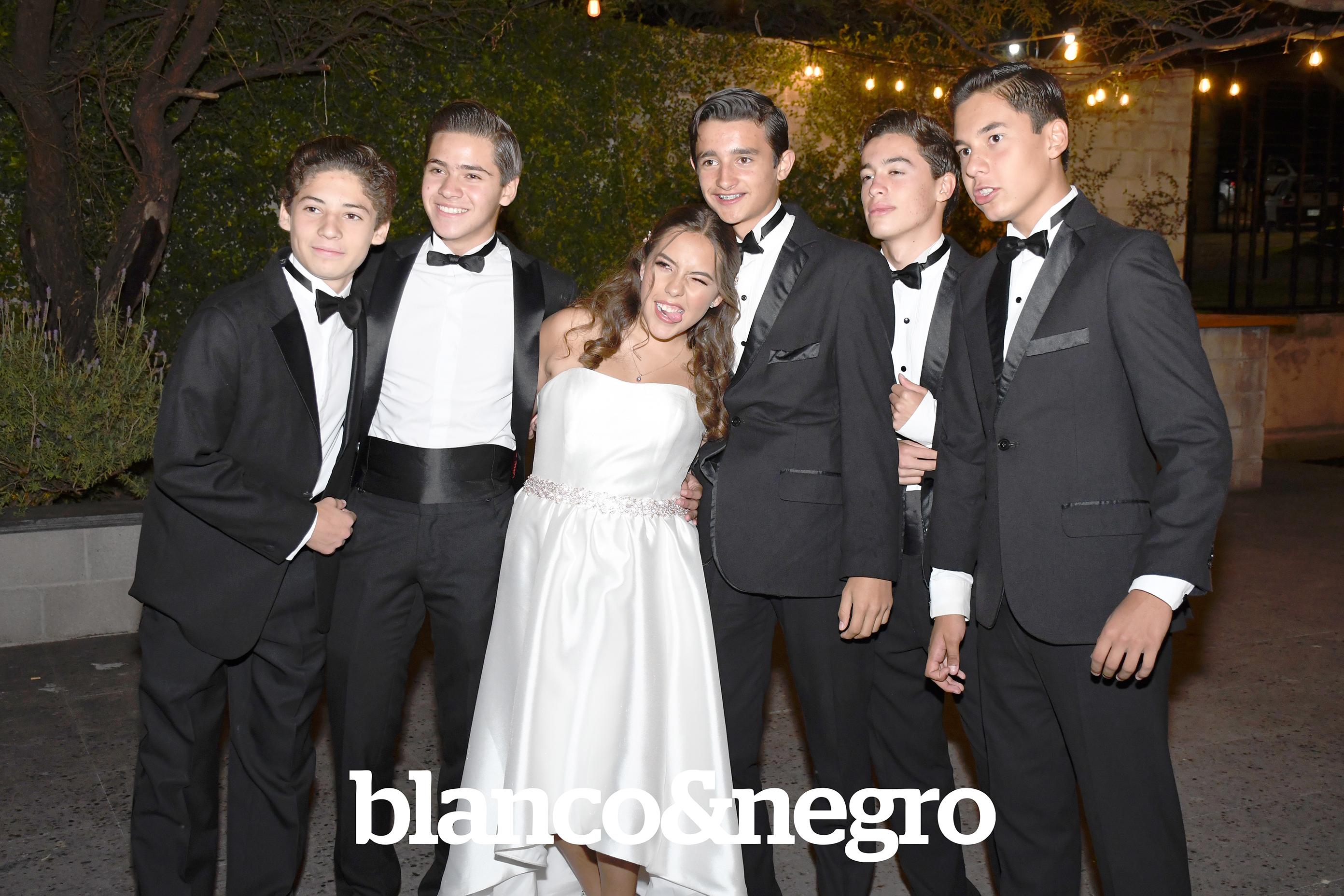 XV Maria Olivares 091