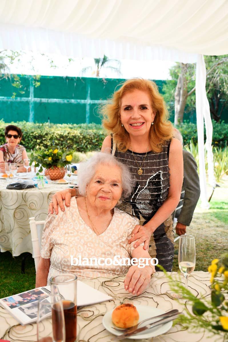 Cumpleaños-Maria-del-Carmen-006